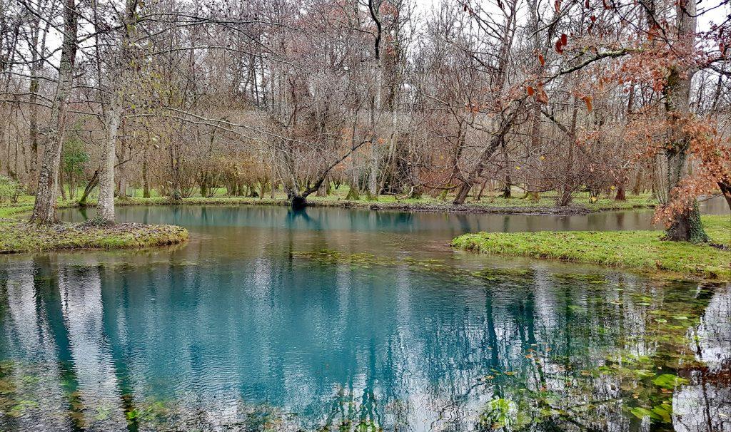 Les Fontaines Bleues du château de beaulon en décembre